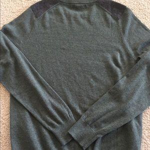 Banana Republic Sweaters - Men's banana republic green knit sweater